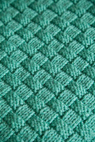 Comfort Knit Pet Blanket   Knitting patterns, Knitting ...