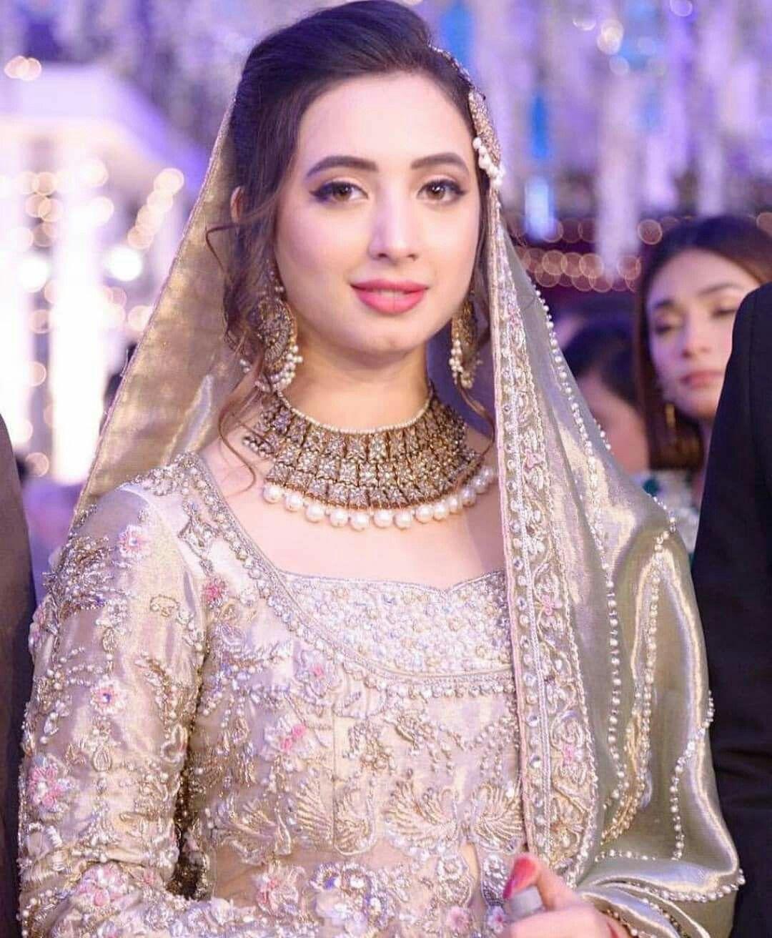 Hairstyle Girl Jora: Pin By Pakistani On Pakistani Actors