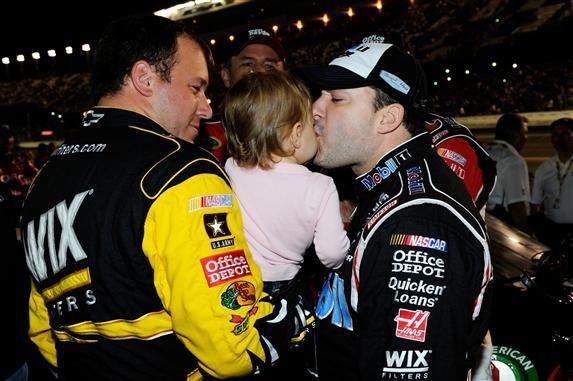 Tony Stewart Girlfriend Krista Kiss Tony Stewart Kiss Ryan Newman