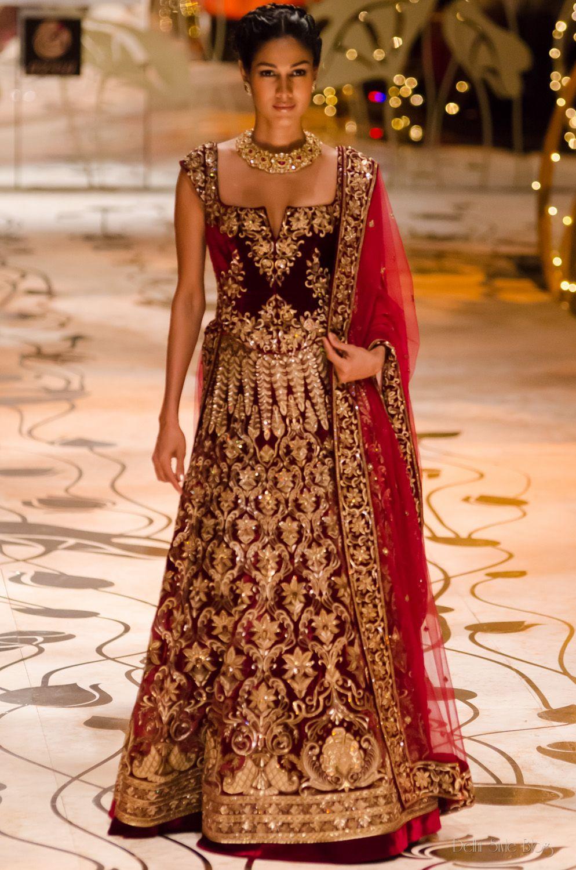 Indian wedding dress fashion designer