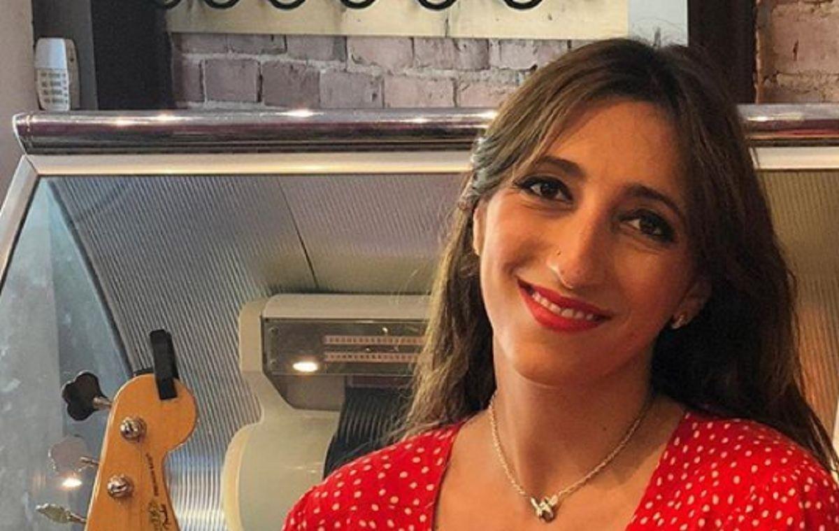 Florence K Lance Un Important Message Sur Le Poids Et L Apparence Physique Mirror Selfie Florence Selfie