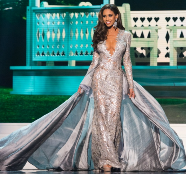 Tyra Banks Victoria S Secret Walk: Top 10 Pageant Gowns Of 2015