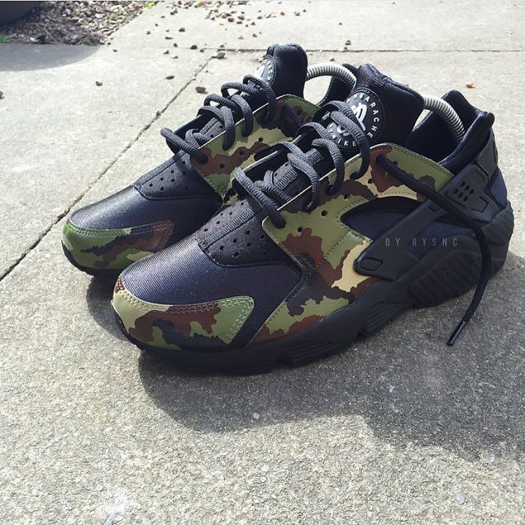 Thoughts on these Camo Huarache?  Purchase them now via @iamvitalle!  Iamvitalle.com  #ScarpaStudios by scarpastudios