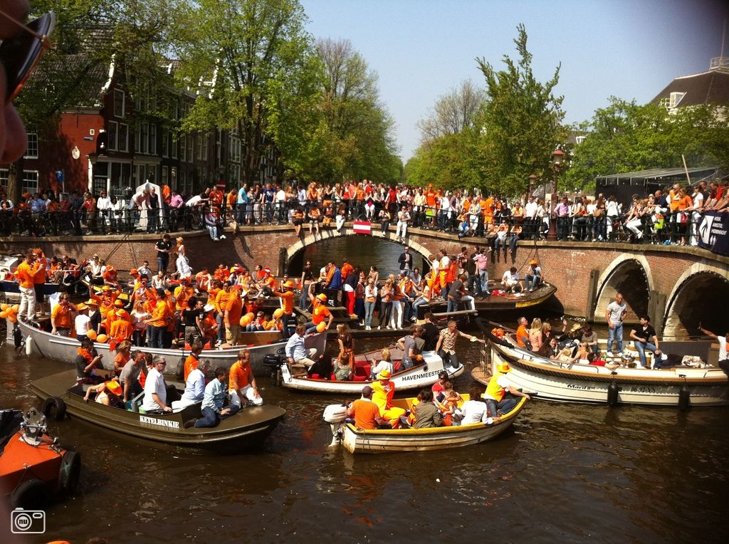 The Queen's official birthday (Queen's Day, koninginnedag) in the Netherlands is celebrated each year with parties, street markets, concerts and special events for the royal family on April 30    (Amsterdam, The Netherlands)
