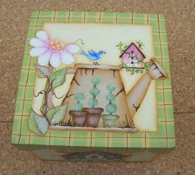 """""""Vero"""" Pintura Decorativa sobre Madera y Porcelana: Caja Country Diseño Americano con Bordes Ondulados"""