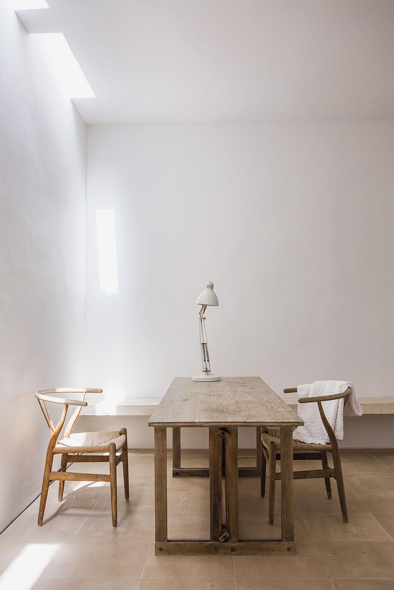 Neuendorf House by John Pawson and Claudio Silvestrin
