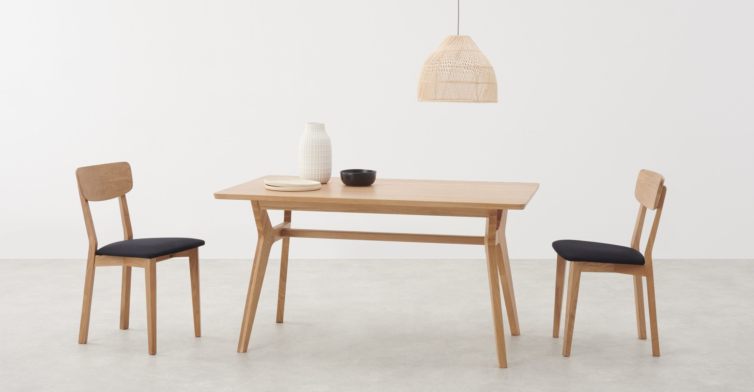 Jenson Up To 6 Seat Dining Table Solid Oak In 2020 Solid Oak Dining Table Table