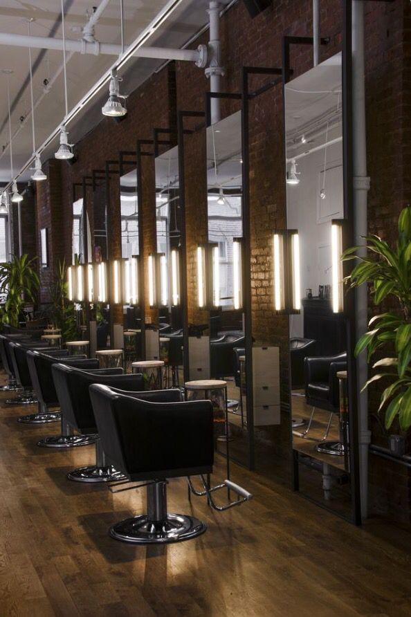Chairs and mirrors   Diseño de salón de belleza, Interior ...