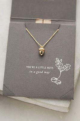 06f886626d75 colgante  collar de oro forma de bellota