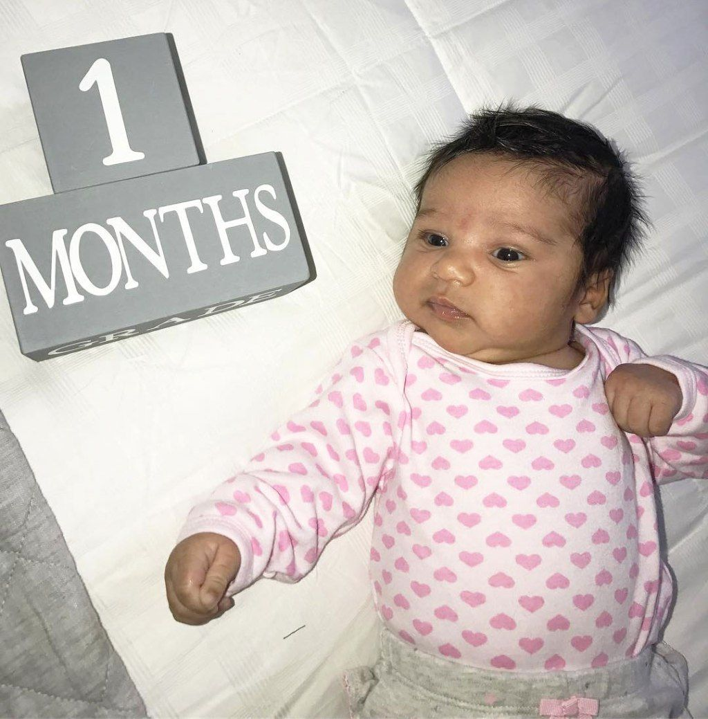 Blac Chyna Kris Jenner Celebrate Dream S First Month Dream Kardashian Dream Kardashian Baby Baby Month By Month