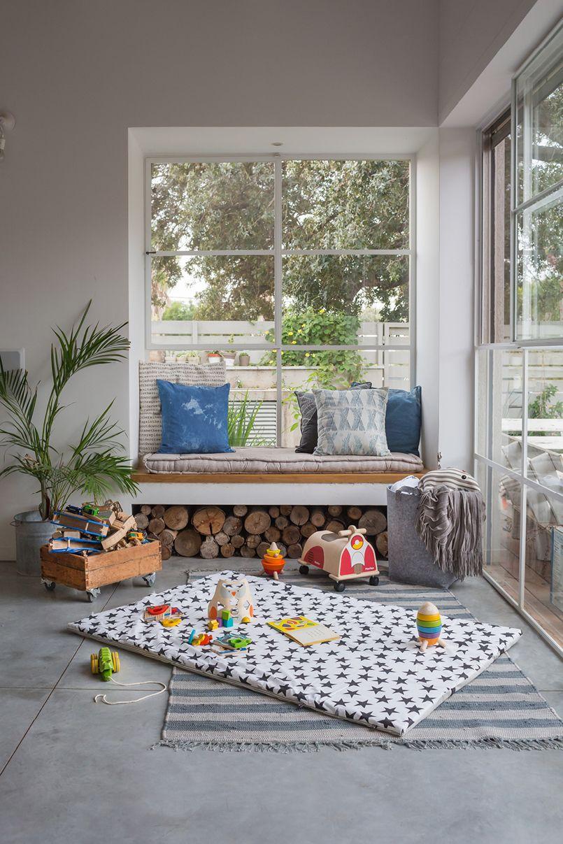 Livingroom pinterest for Enormi planimetrie
