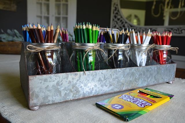 Farmhouse Style Classroom Freebies and Updates! #elementaryclassroomdecor