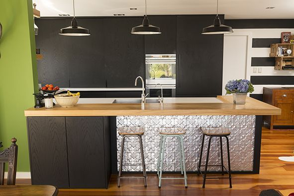 Kitchen #kitchen #blackkitchen #pressedmetal #AAHouseCrush