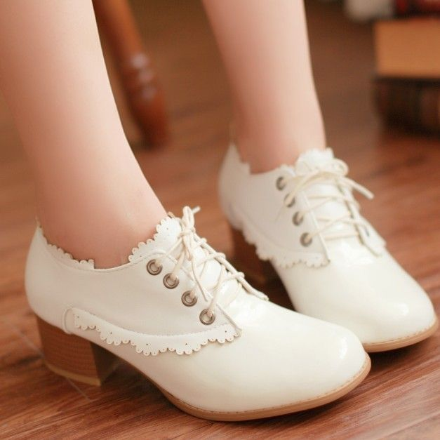 Office Shoes Fashion Vintage Style Low Pumps Carved