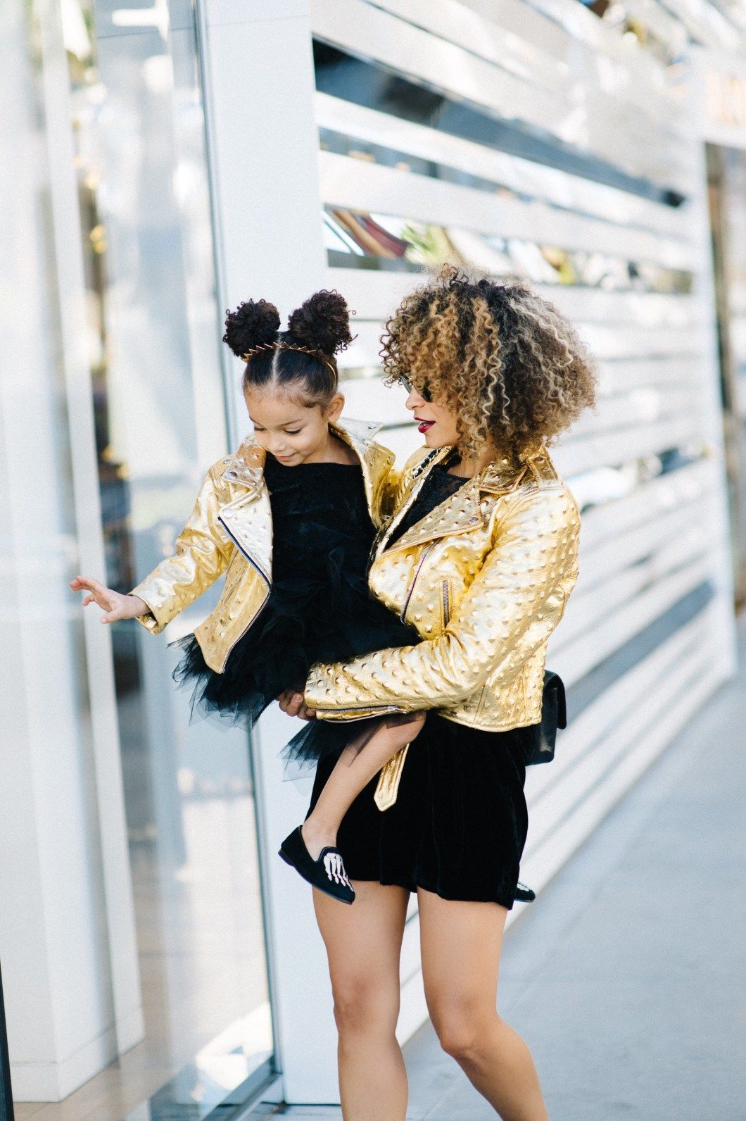 Mom and London gold and black  ootd