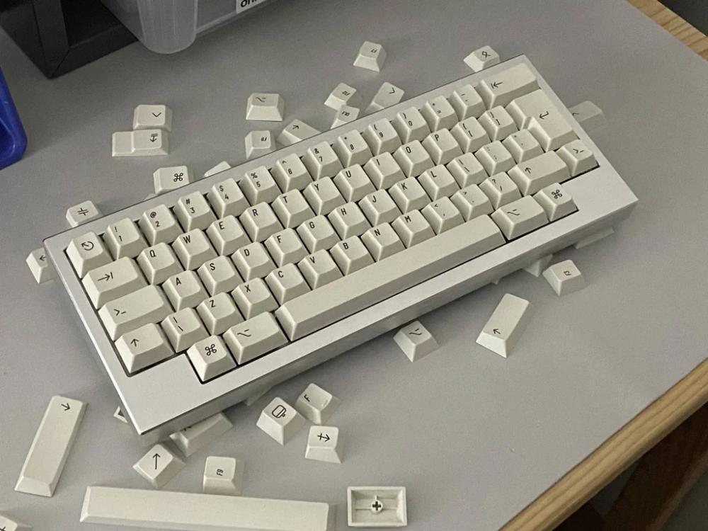 Klippe S Mechanicalkeyboards In 2020 Computer Keyboard Electronic Products Keyboard
