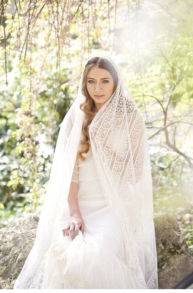 spring bride; photo: Die Elfe