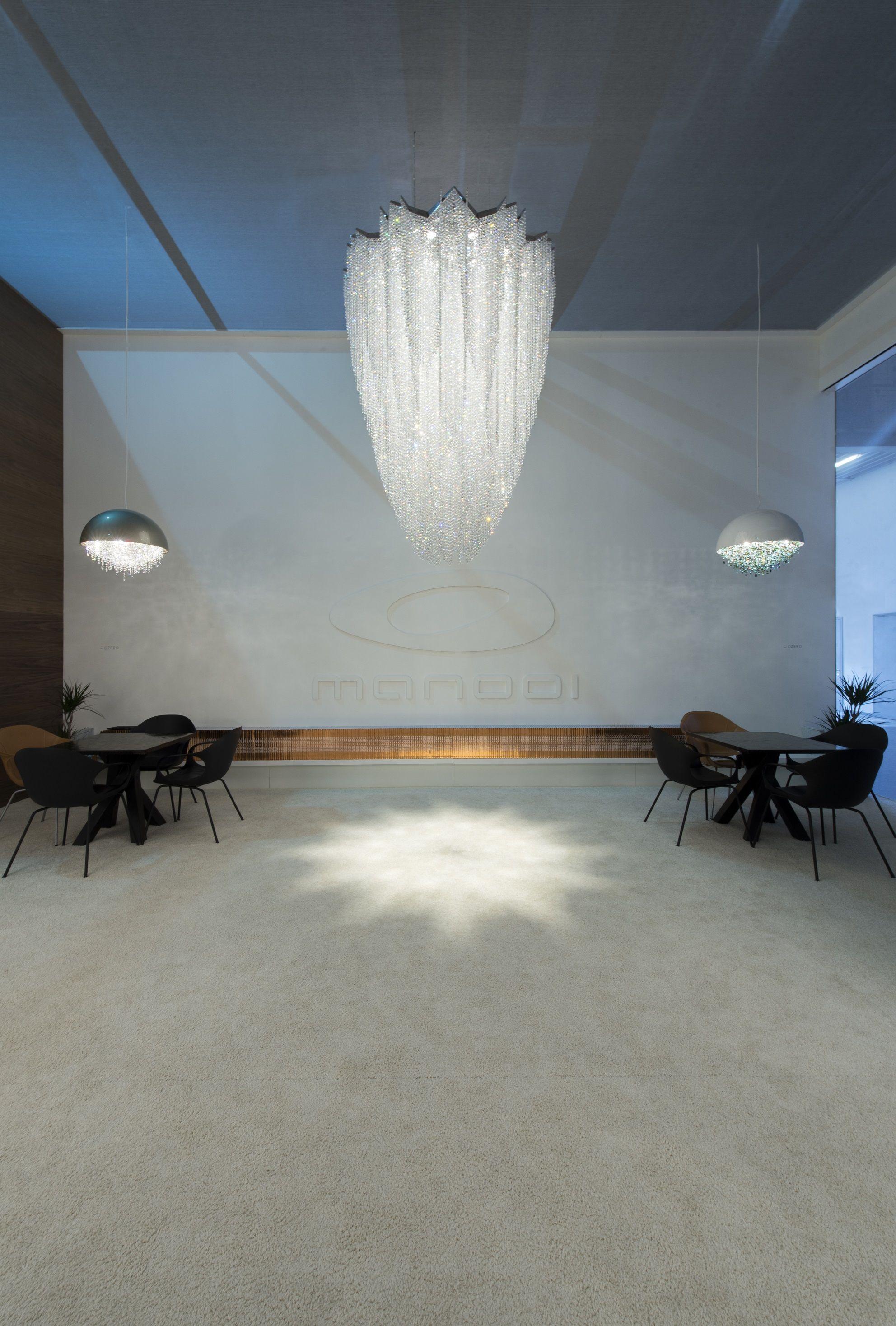 Burj crystal chandelier #crystalchandelier #crystal #luxury #lighting #design #interior #inspiration #Manooi