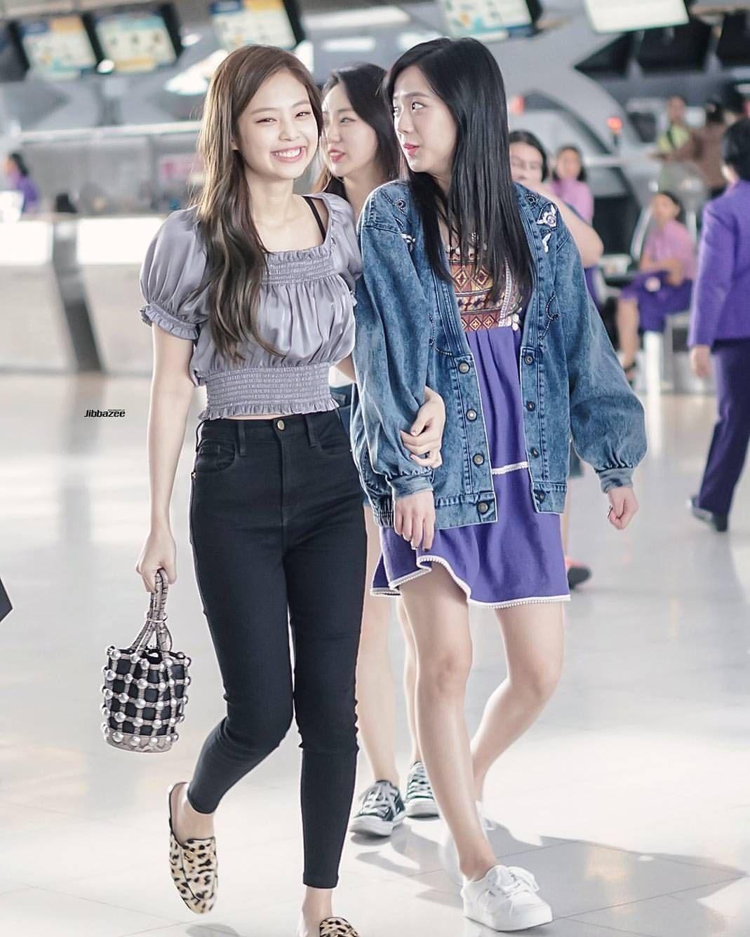 Blackpink Jisoo Jennie jensoo airport style | KPOP | Pinterest | Blackpink Airport style and Kpop