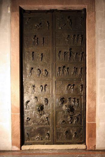 St Bernward S Door Hildesheim Cathedral Cathedrals