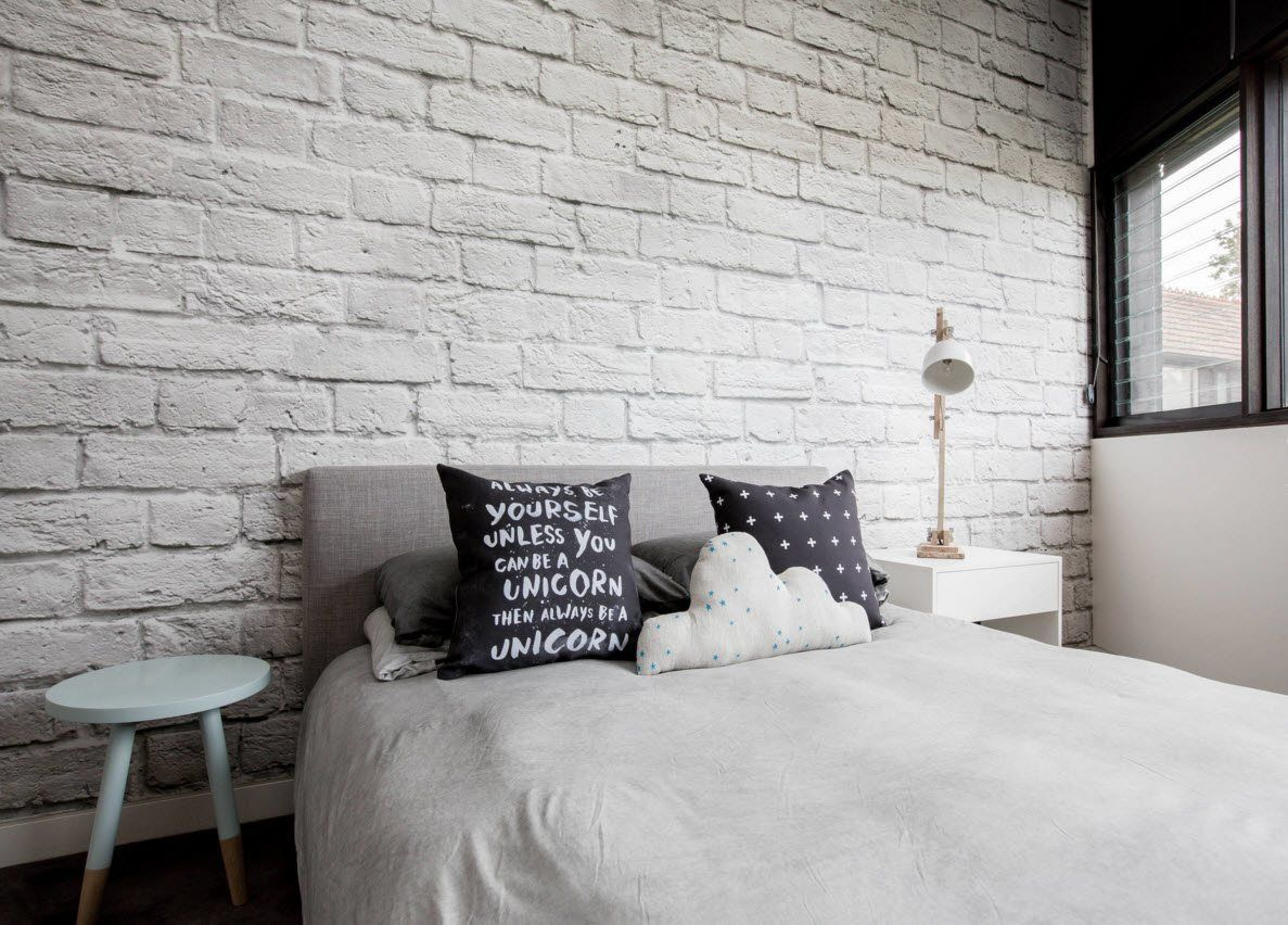 Белоснежная кирпичная кладка | Кирпичная стена, Интерьеры спальни, Интерьер