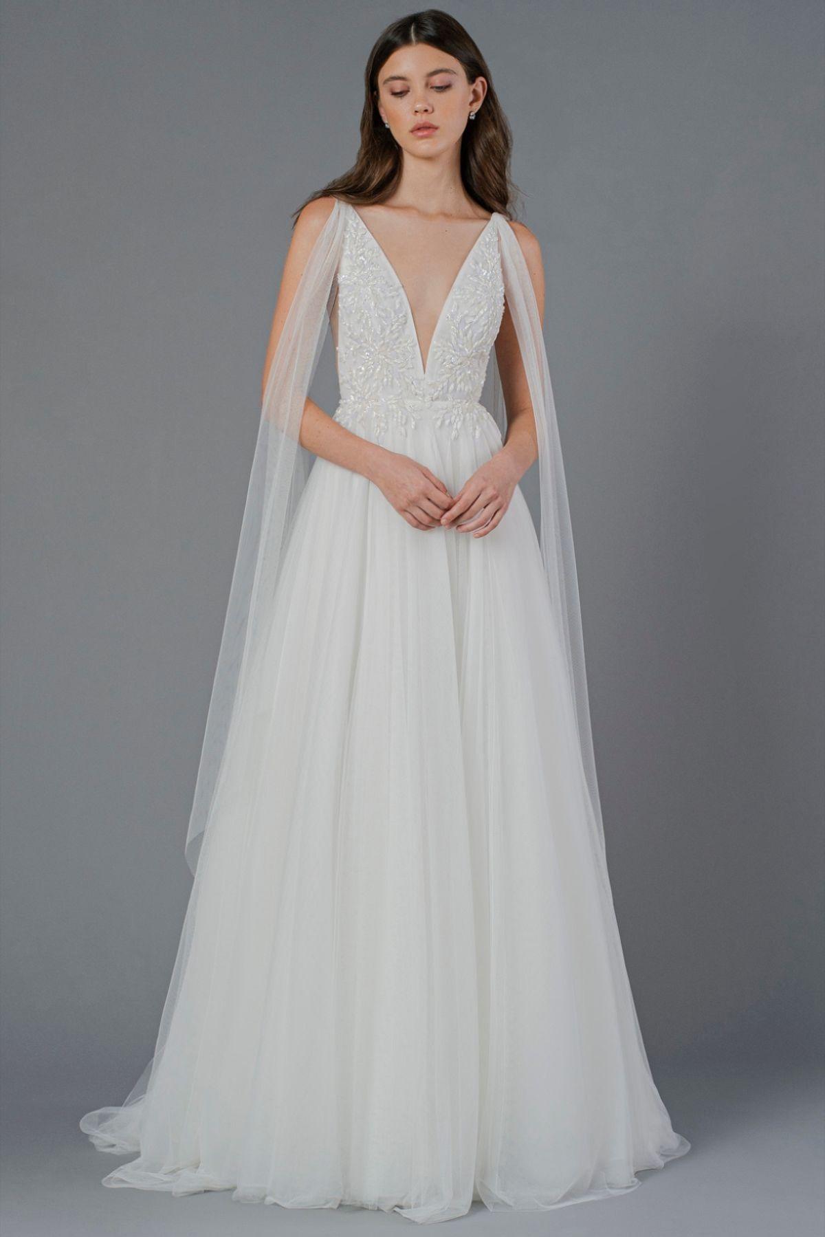 Hayley Paige Lorelei Long Sleeve Ball Gown Wedding Dress Wedding Dresses Kleinfeld Ball Gown Wedding Dress [ 3792 x 3000 Pixel ]