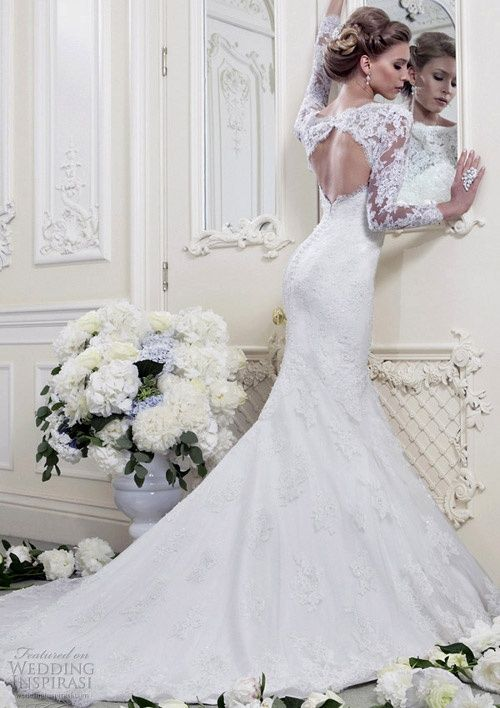 Incredible lace wedding gown