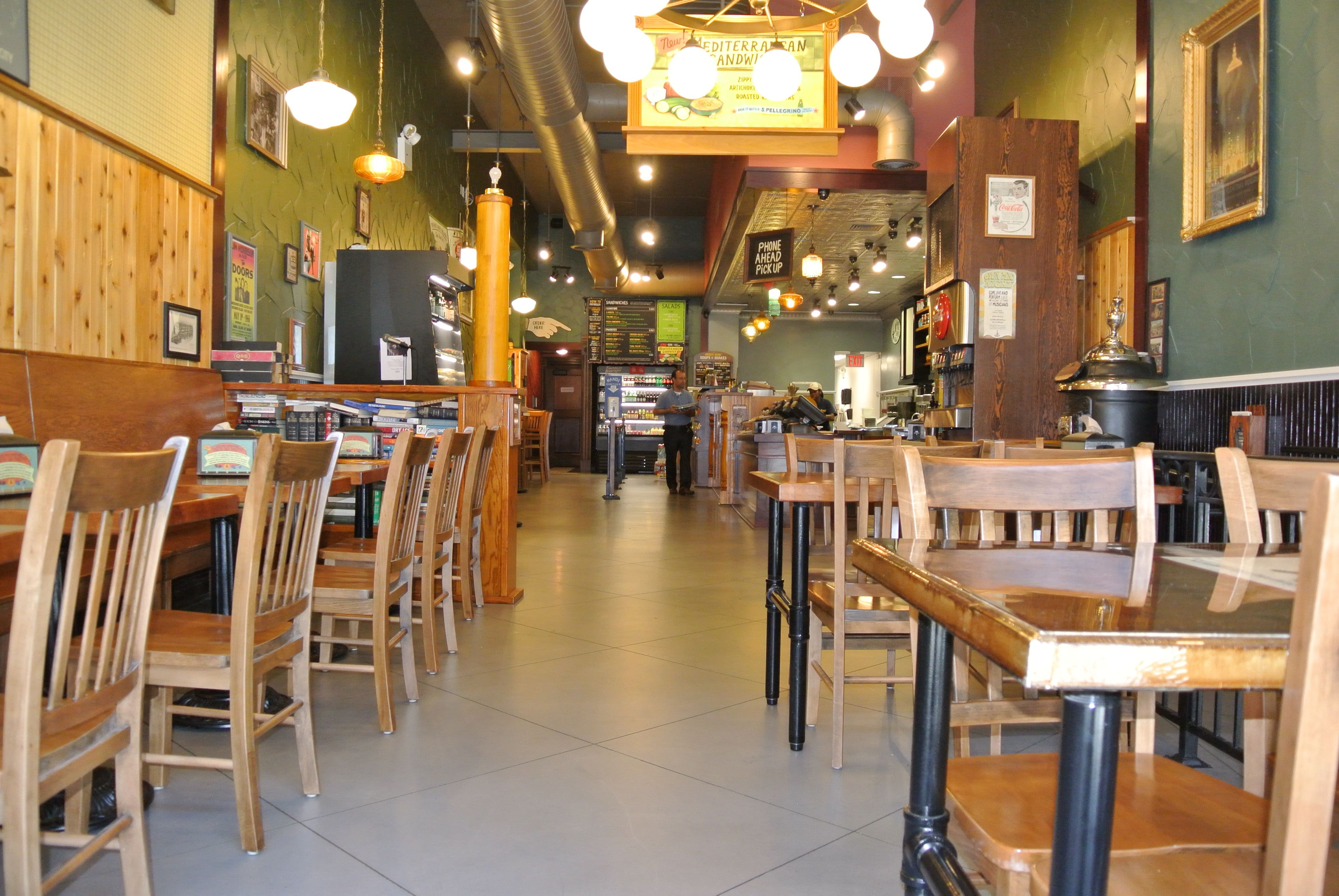 Potbelly Sandwich Restaurant On 14th Street In Nyc Has Param 5500