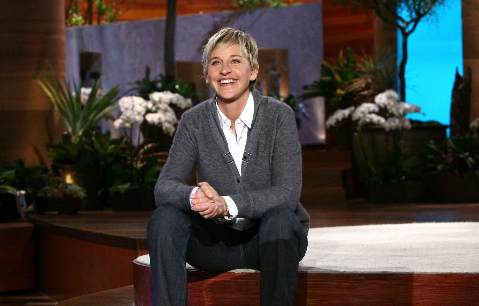 No matter what you're going through, comedian, talk show host, writer, producer and actress Ellen DeGeneres has plenty of great quotes to help you out...   #celebrities #ellendegeneres #quotes