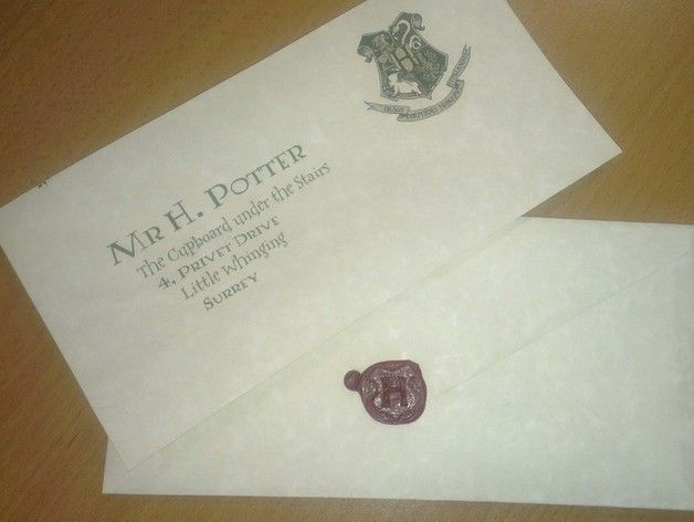 A Simple Wax Stamp With The Hogwarts 39 H 39 To Be Used On Envelopes Initially I Tried To Print The Whole Hogwarts Log Wax Stamp Stamp Birthday Cards Diy