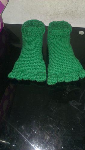 Hulk Slippers pattern by Mel Garcia Tello   Pinterest   Medias ...