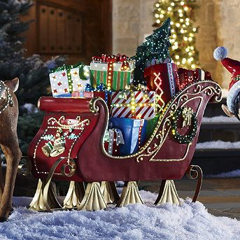 Fiber Optic Sleigh Frontgate Christmas Yard Decorations Large Outdoor Christmas Decorations Christmas Sleigh