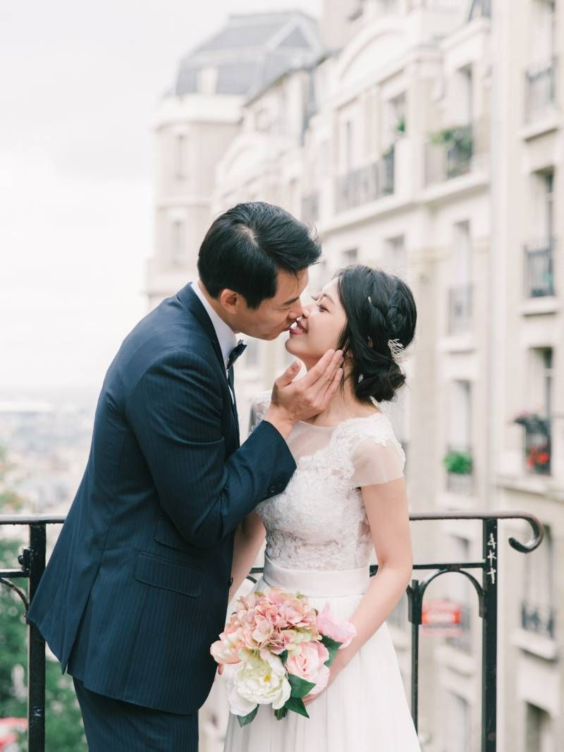 Intimate elopement taking in the most iconic spots in Paris via Magnolia Rouge