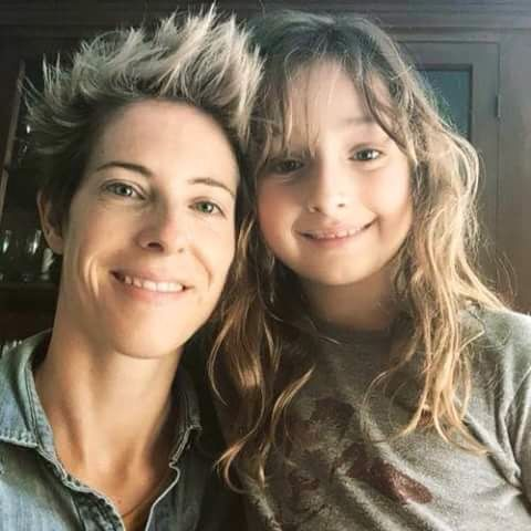 Andy S Wife And Daughter The Walking Dead Pinterest