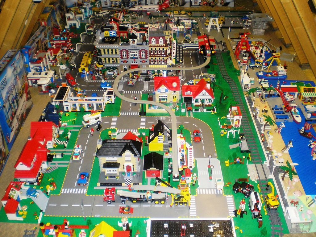 Leneville Lego City From The Air Love It Get It Done Lego Duplo