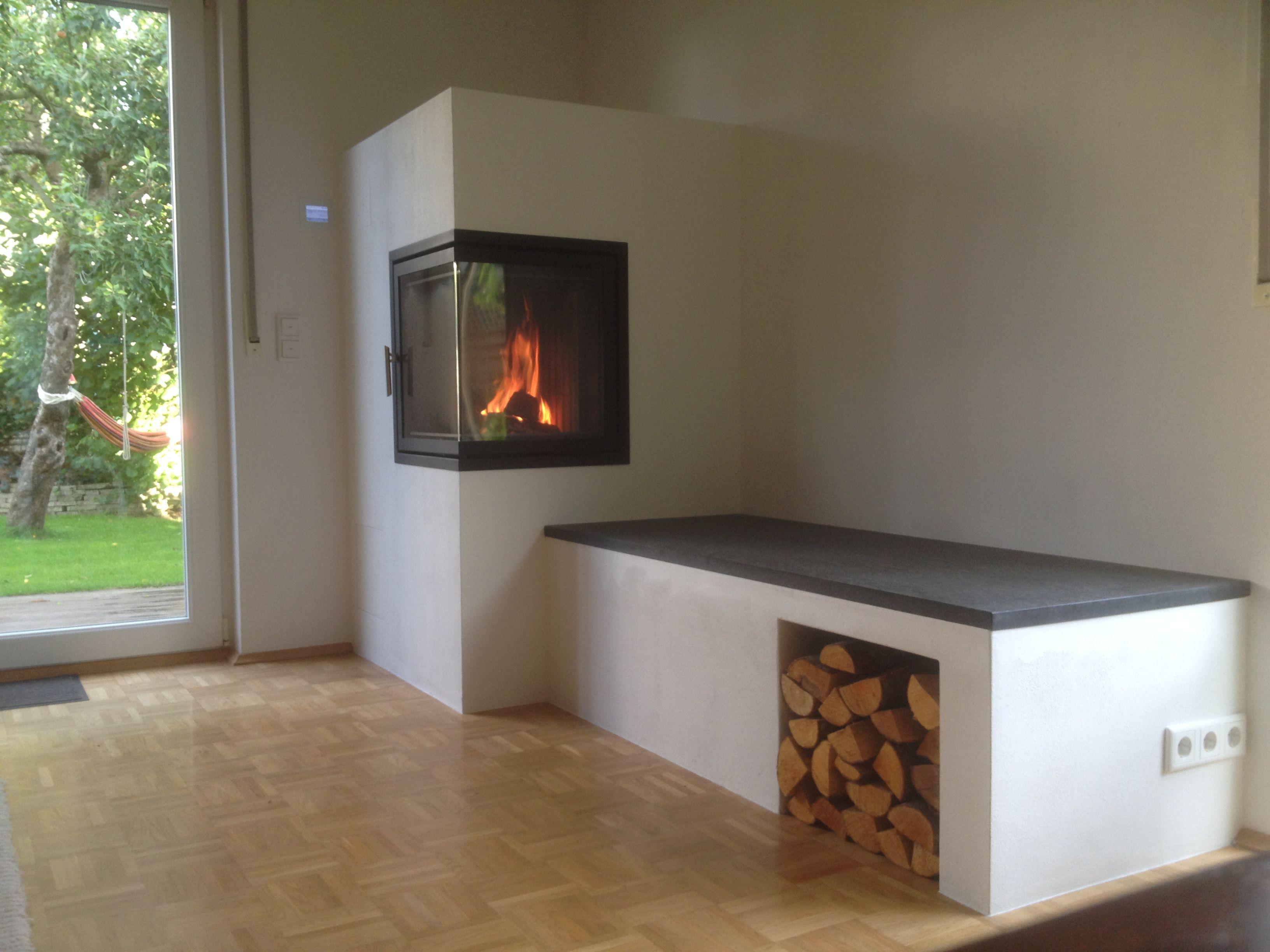 Gemauerter Grundofen In Pulheim Bei Koeln Mit Beheizter Granit Sitzbank Grundofen Ofen Wohnzimmer Kamin