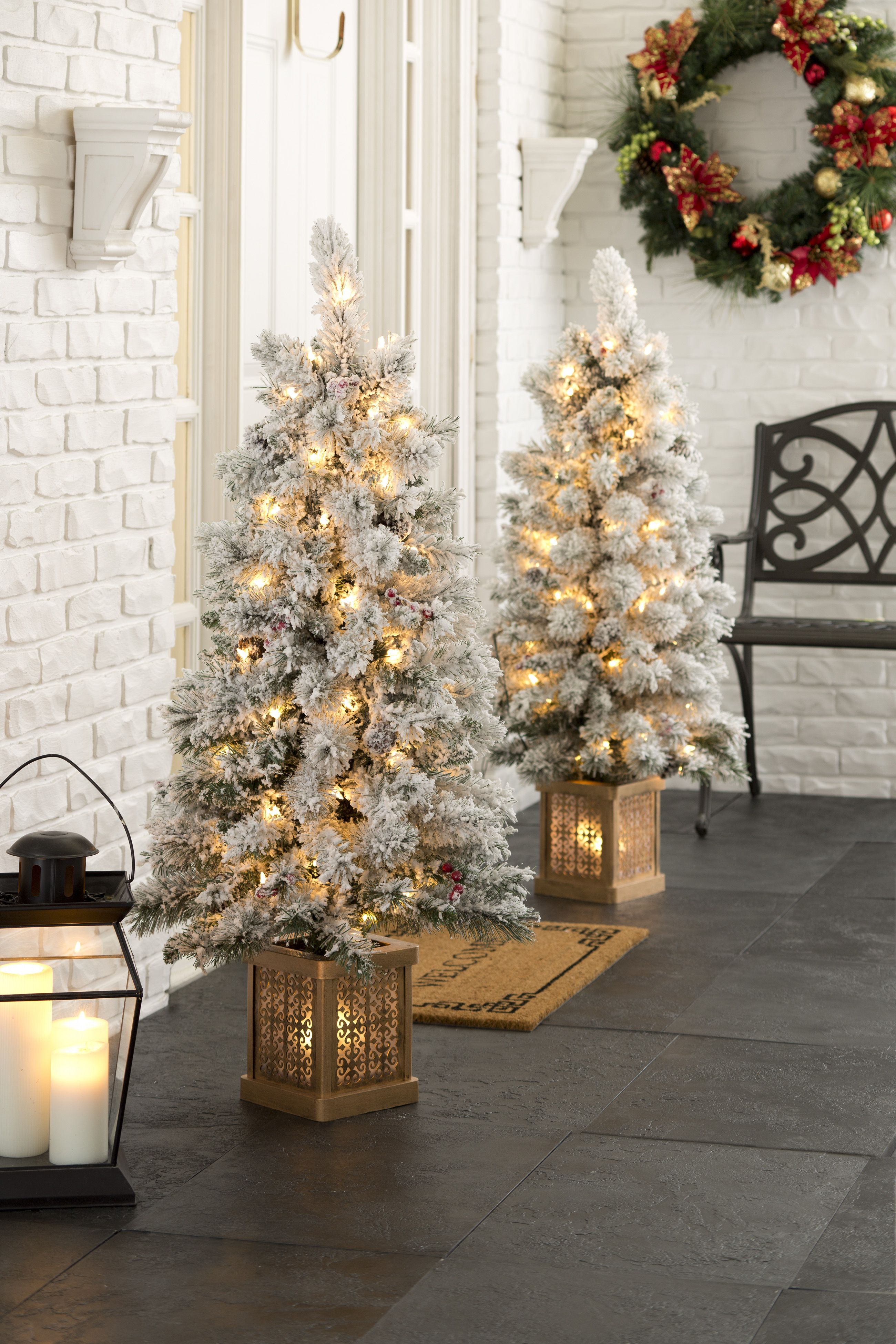 Christmas At Biltmore 4 Ft Flocked Pre Lit Porch Trees Biltmore Pre Lit Christmas Tree Porch Trees Christmas