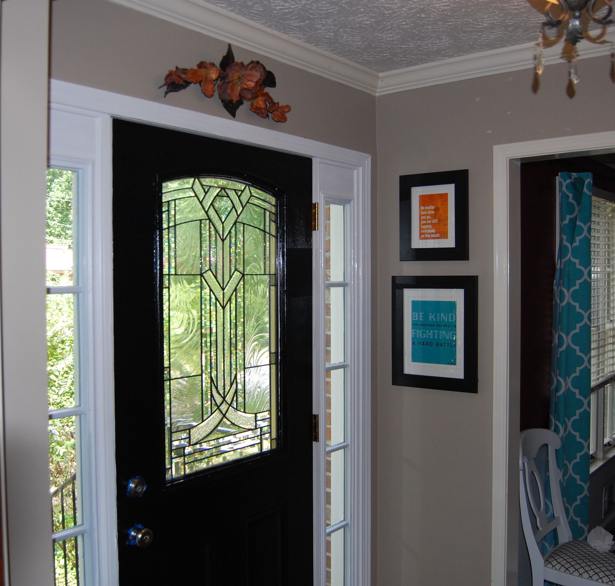 Black interior front door - 17 Best Images About Foyer Designs On Pinterest Mercury Glass Candlesticks And Paint Colours
