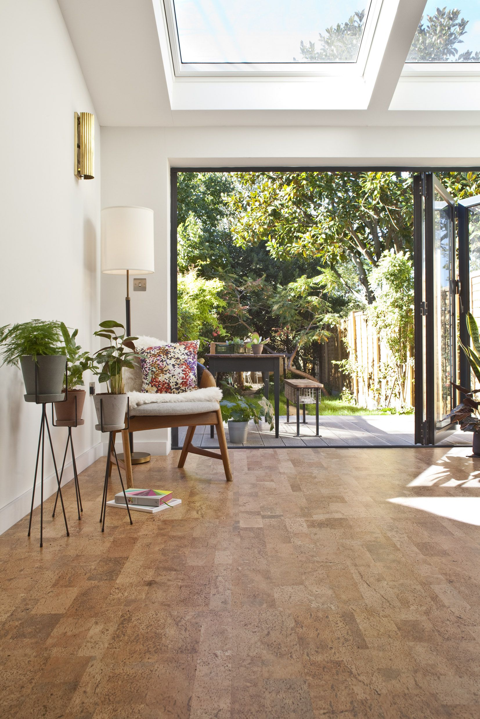 Camada Modern Take On A Classic Parquet Style Cork Flooring Easy Inexpensive To Lay On Any Hard Surface J Cork Flooring Green Flooring Flooring Options