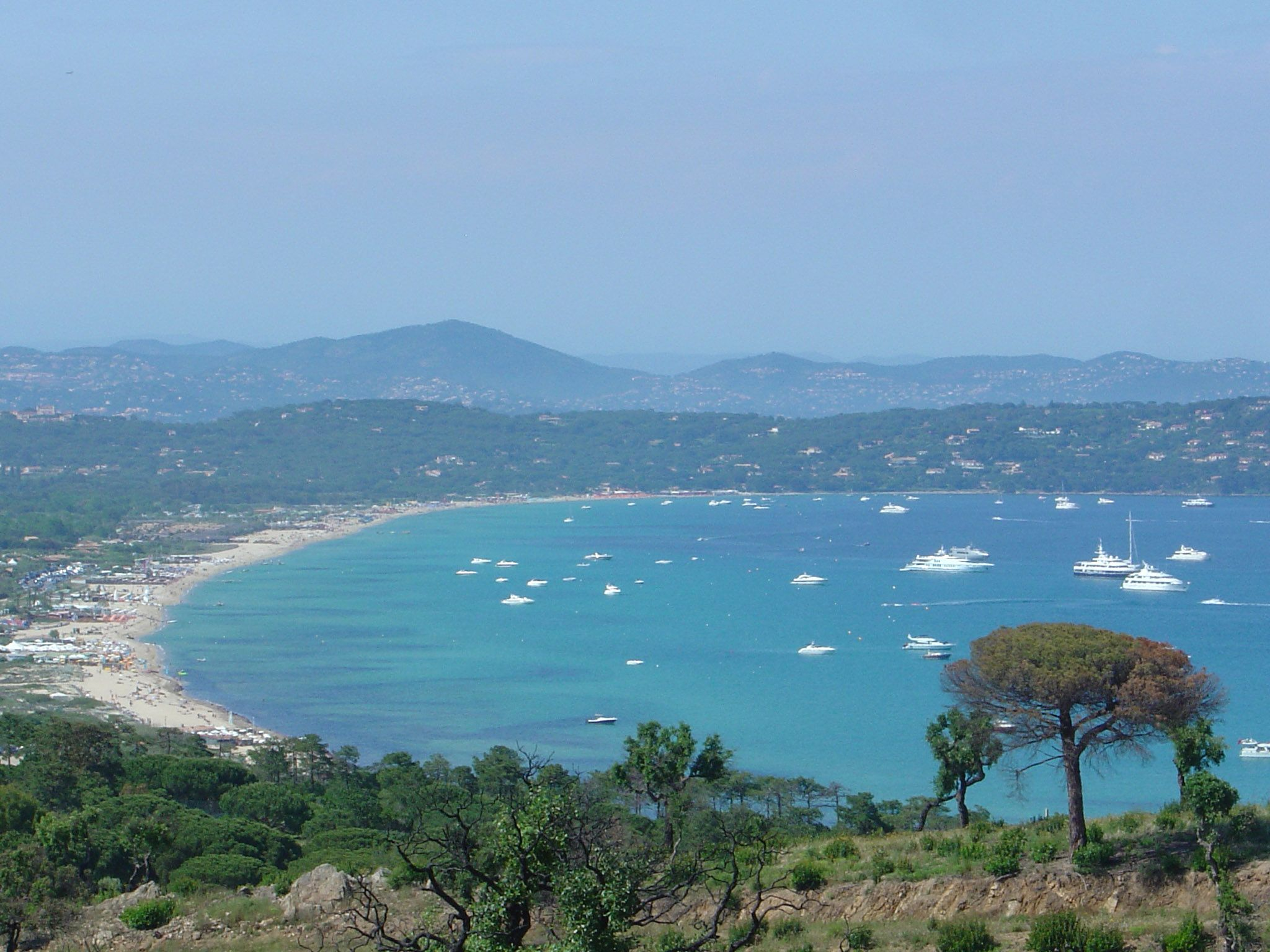 Plage De Pampelonne In St Topez Area Beaches In The World St Tropez France Beach