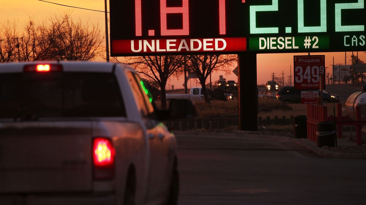 What will cheap gas do to electric cars gas prices