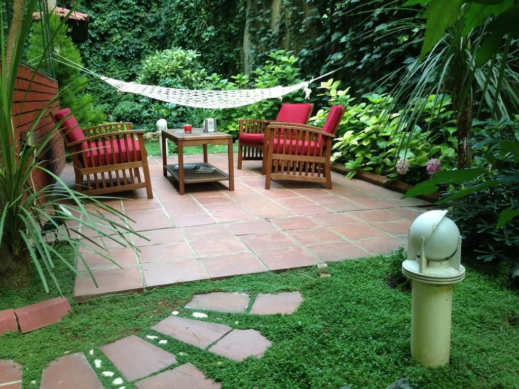 Image Result For Tiny House Big Yard Outdoor Living Patios Small Gardens Classic Garden Design