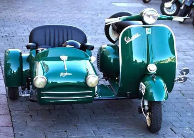 All things Lambretta & Vespa : Photo | Vespa scooters, Vespa, Vespa vintage
