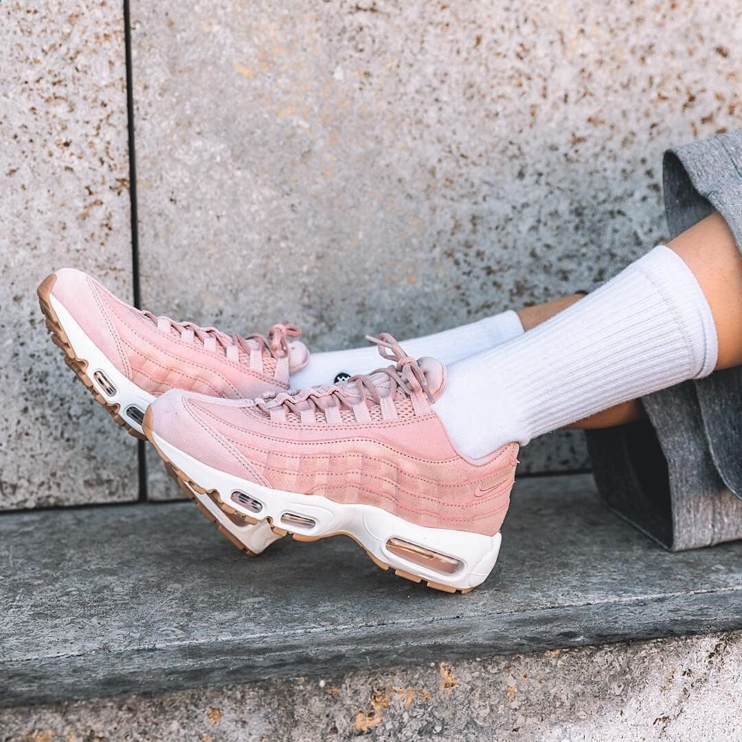 new products 009eb 293cf sneakers women nike air max 95 premium pink ©overkillwomen