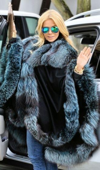 e177c5031 NAVY BLUE SILVER FOX FUR CASHMERE CAPE | Мех in 2019 | Fox fur, Fur ...