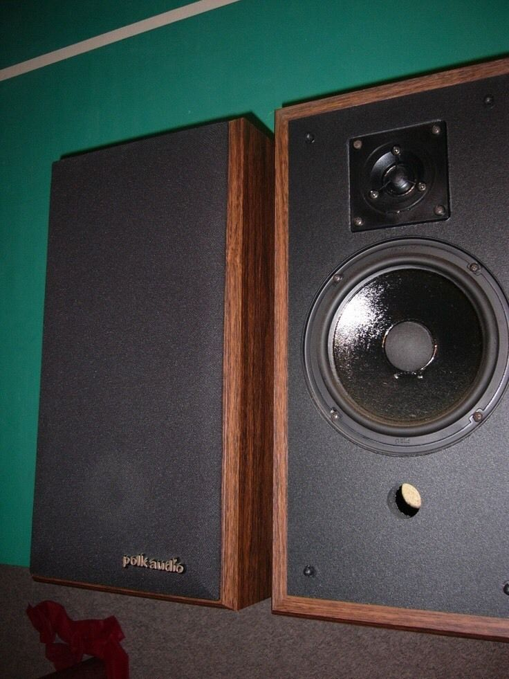 Vintage Polk Audio M45 High Quality 2 Way Bookshelf Speakers