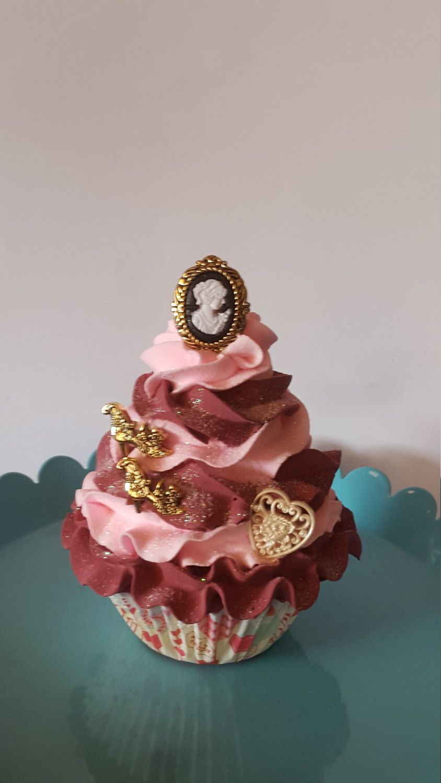Shabby Cottage Fake Cupcake, Victorian Fake Cupcake, Home Decor, Kitchen  Fake Cupcake Decor