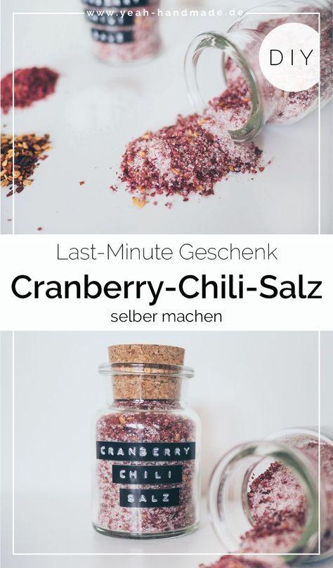 DIY Kräutersalz selber machen: Cranberry-Chili-Salz als Geschenkidee • Yeah Handmade #geschenkideenweihnachteneltern
