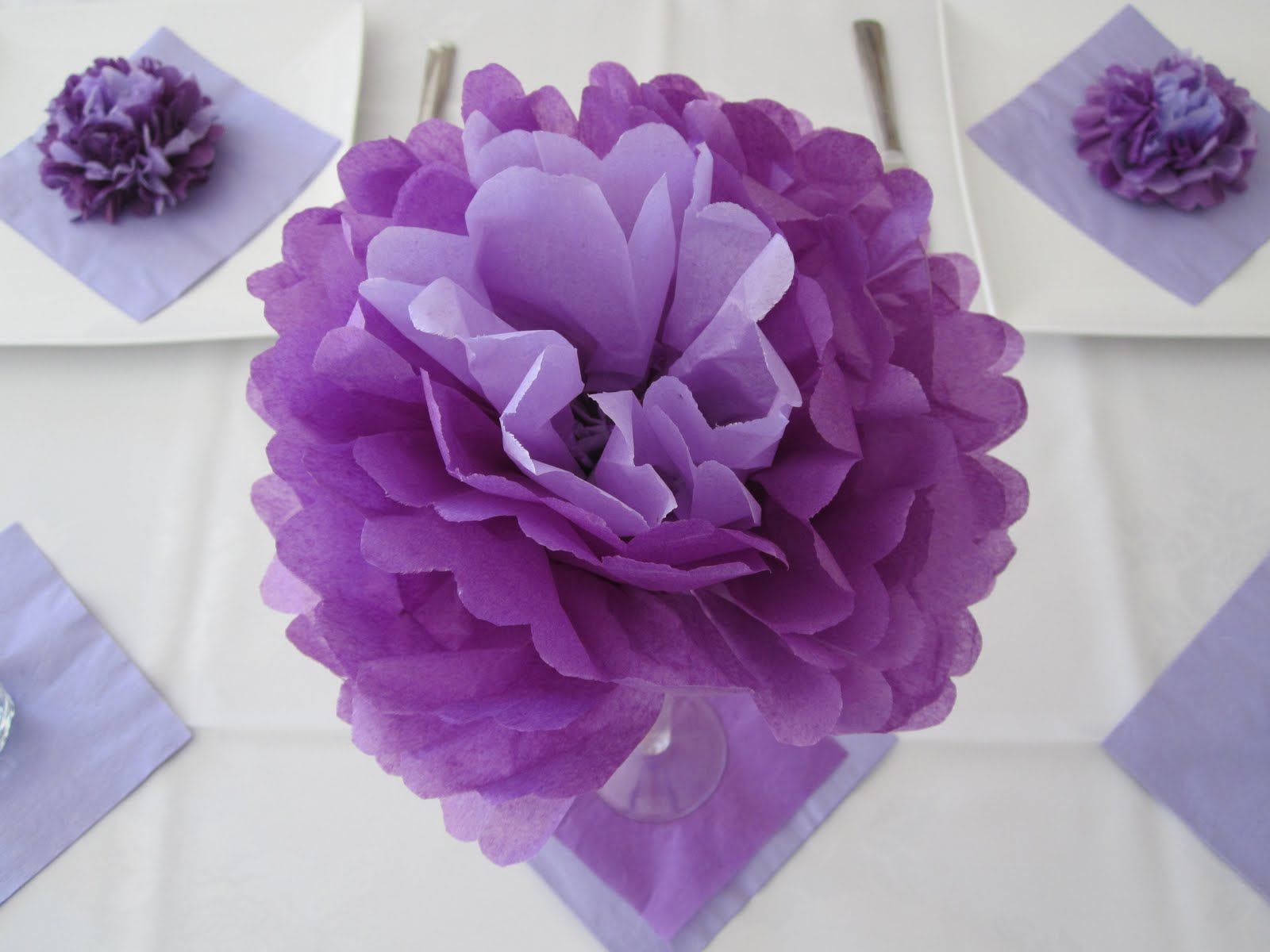 How To Make A Large Paper Fan How To Make Tissue Paper Flowers