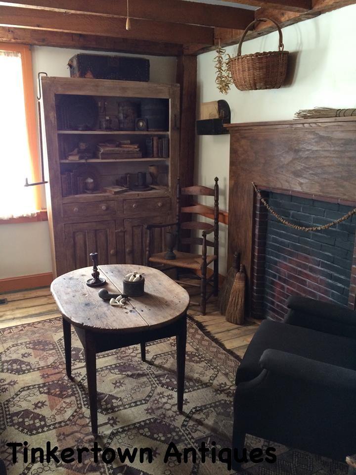 Tinkertown antiques vintage deco for Interieur maison coloniale